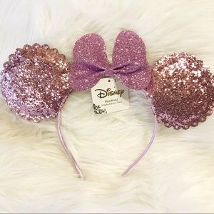 Disney sparkly purple Minnie Mouse ears